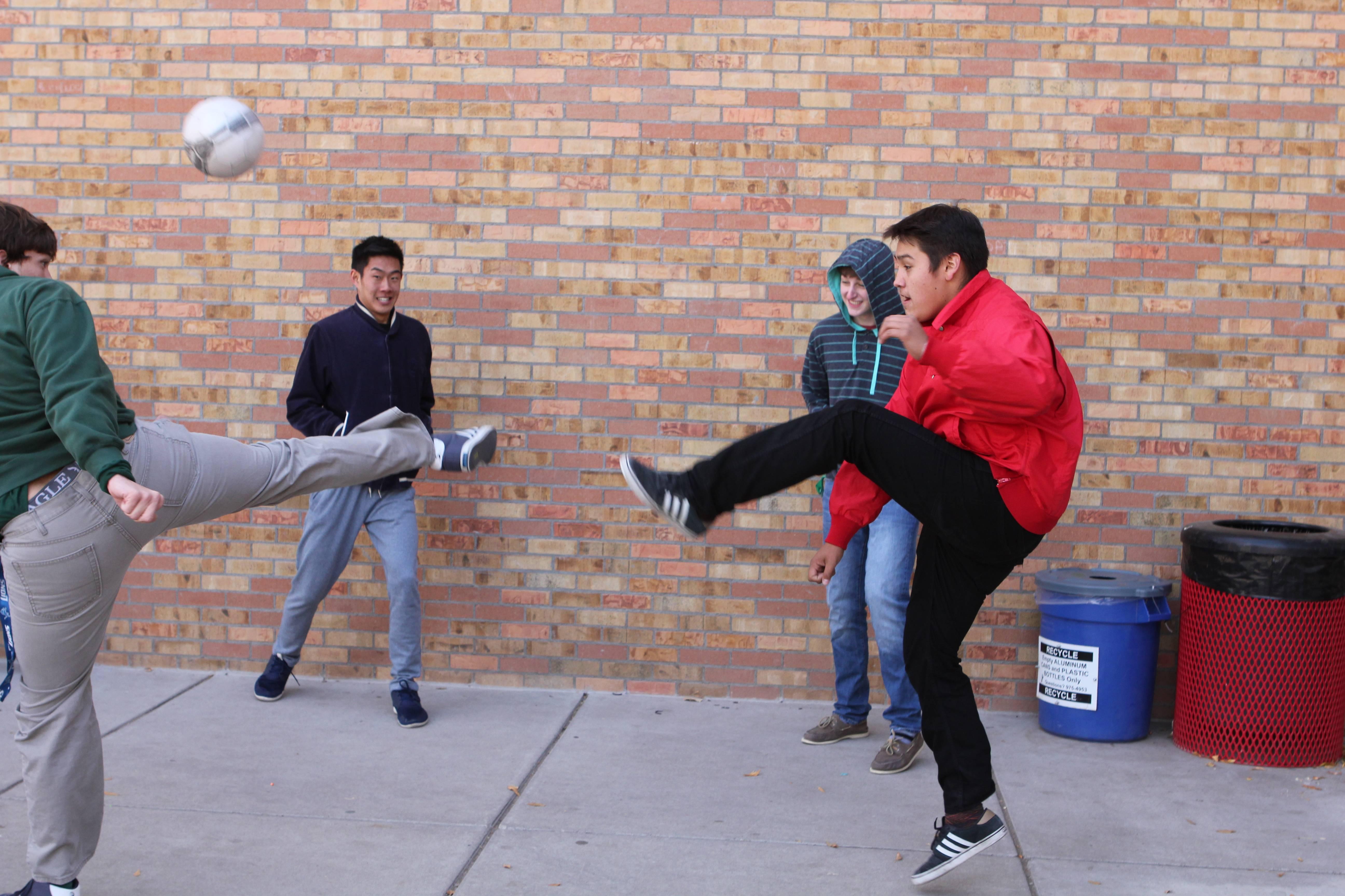 Senior boys square off at Juicio
