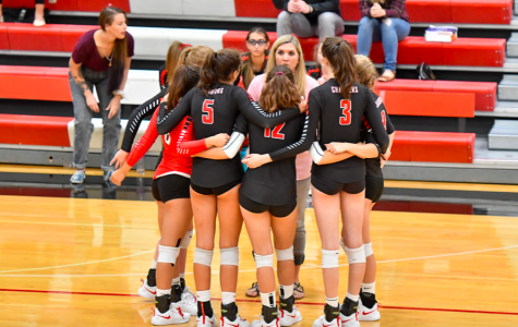Volleyball Mid-Season Recap: Volleyball Team is on the Rise