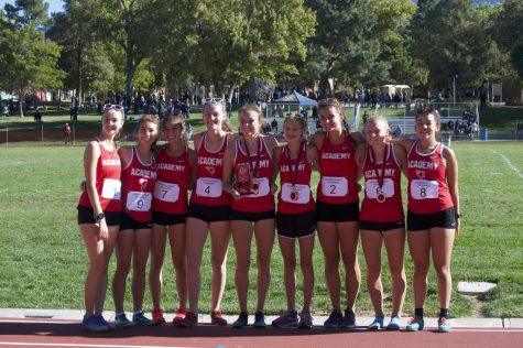 The Winning Girls Team: Audrey Brunner, Addie Siembieda, Sarah Perez, Emma McLaughlin, Emma Patton, Addison Julian, Anna Hastings, Katie Patton, and Luna Romero.
